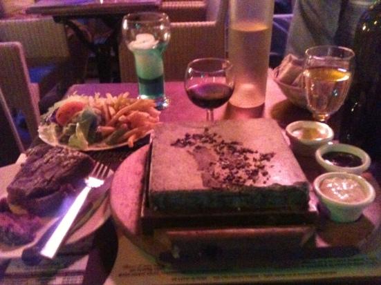 Pièce de boeuf à la pierrade : Classique du Touring Café à Hossegor