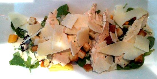 Salade césar au poulet le Regalty Capbreton