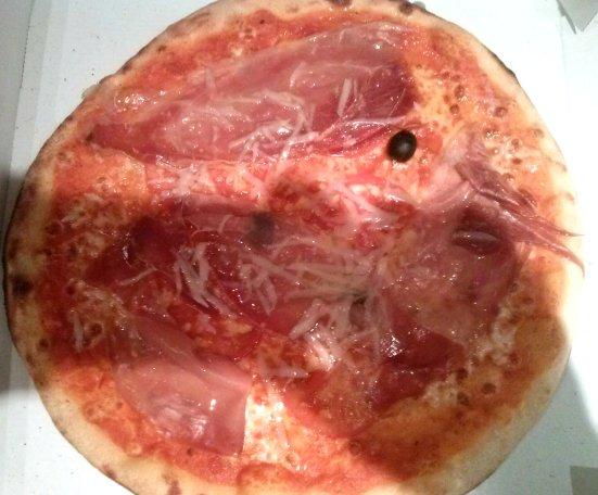 Pizza Serrano Restaurant Art Doiz