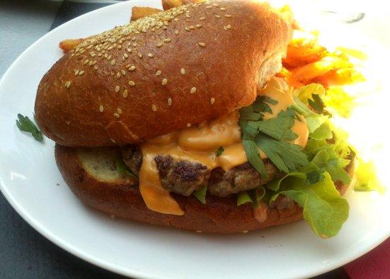 burger feeling restaurant à hossegor vue de l'intérieur
