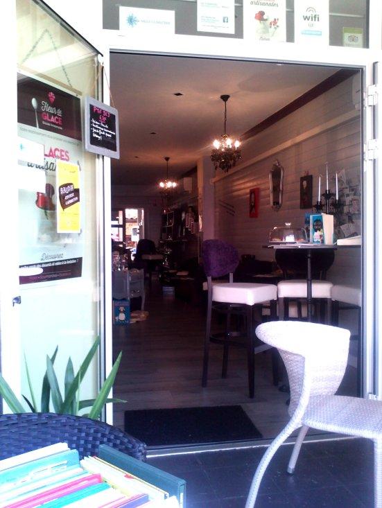 interieur il é thé une fois salon de thé capbreton