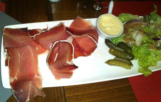 jambon-sanglier-restaurant-escadron-flottant-hossegor