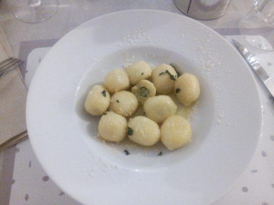 Les Gnocchis Al Pesto - classique, mais moins copieux que les autres plats.